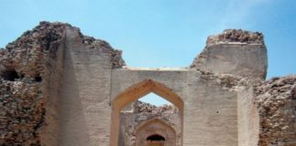 Kalan Kot Fort: The Majestic Beauty of Thatta, Sindh